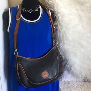 💥 Dooney & Bourke Vintage Bag 💥